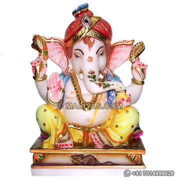 Beautiful Ganesha Moorti in Spotless Marble