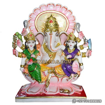Ganesha with Riddhi and Siddhi Statue